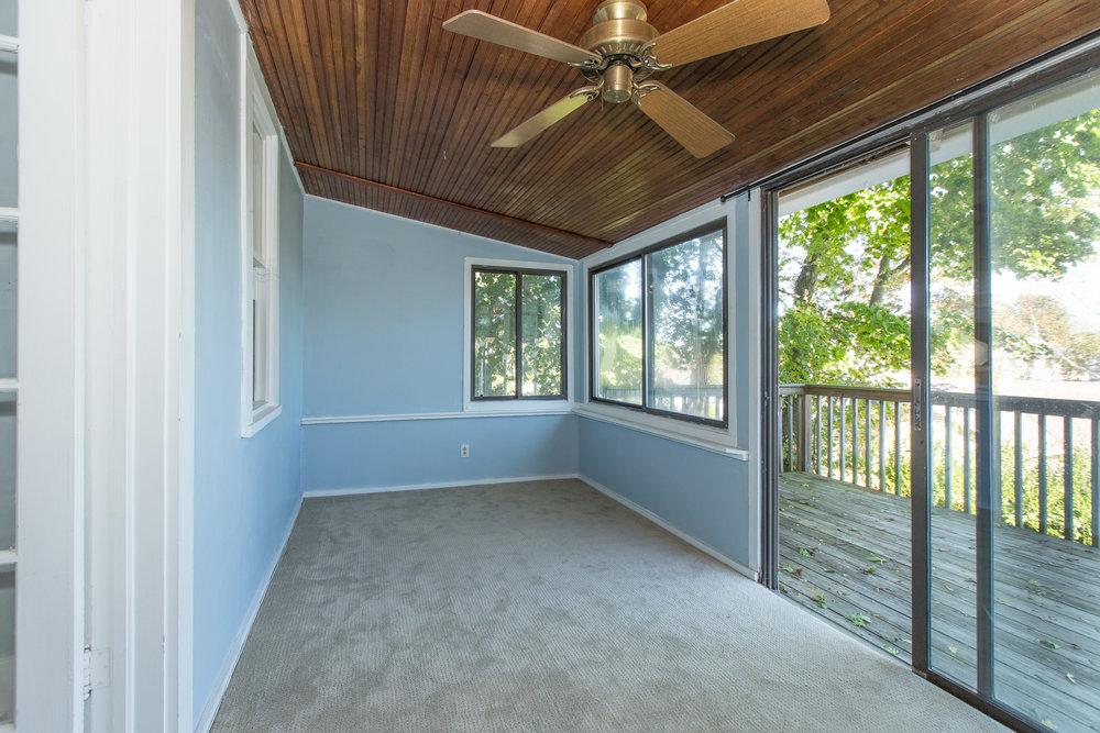 2a porch1 .jpg