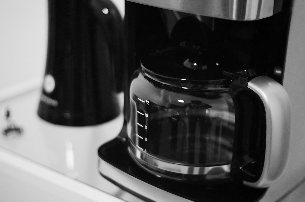 An automatic coffee brewer