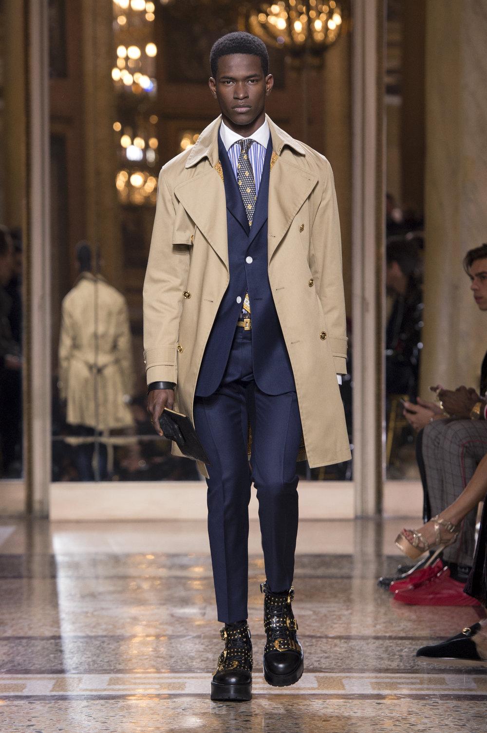Versace_Men_fw18(25).jpg