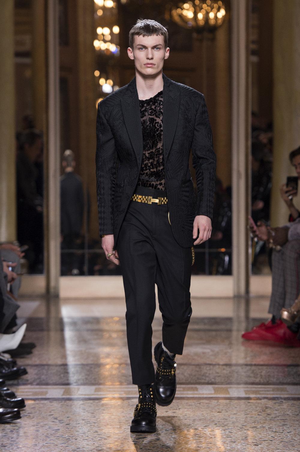 Versace_Men_fw18(47).jpg