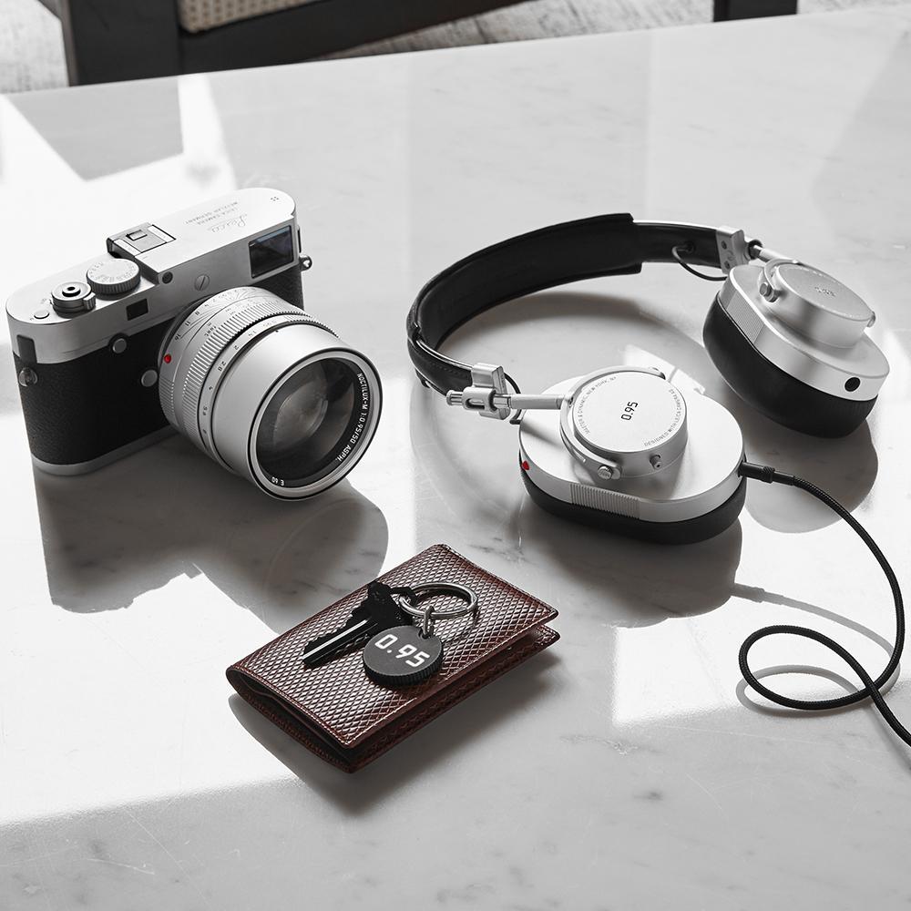 Leica_Silver_ProductModule_MH40_1000x1000_da6f72e8-e09a-4391-a8b7-c887f7058d4d_2048x2048.jpg