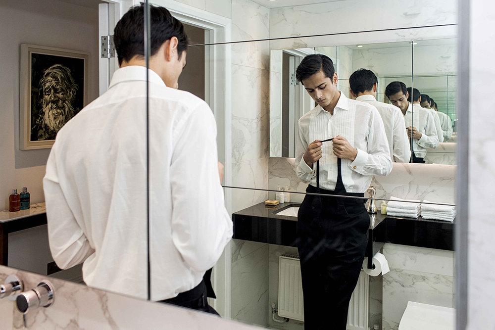 Total look –  Dunhill , cufflinks –  Alexander McQueen