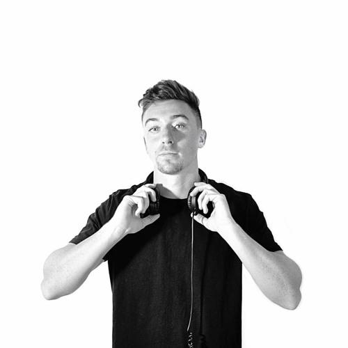 Josh Kenton - DJ