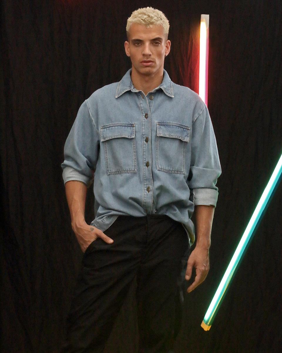 Shirt -  H&M , Trousers -  Massimo Dutti