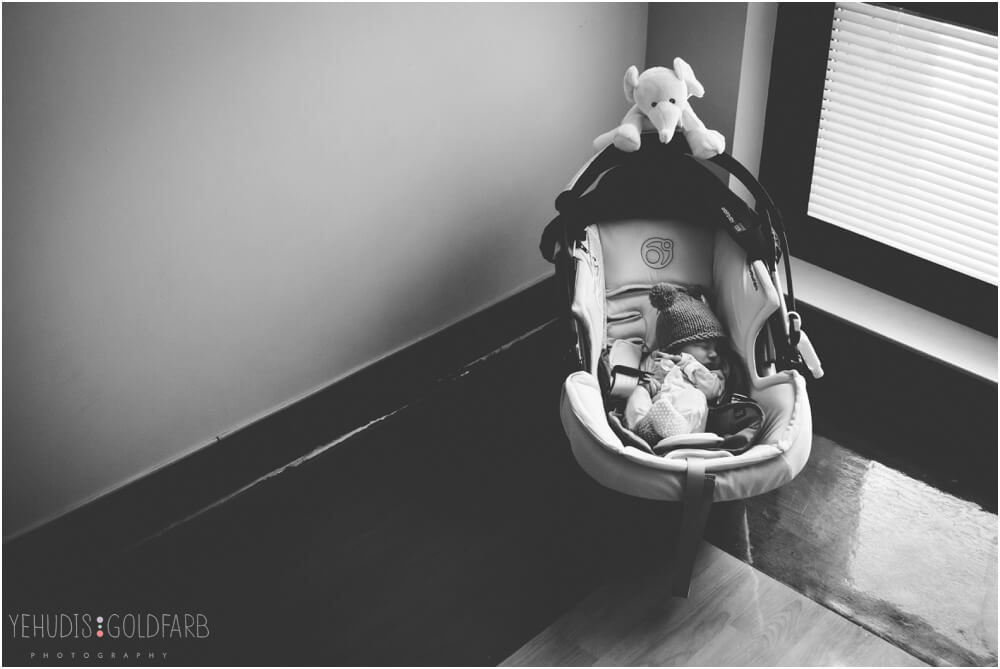 Bringing-Baby-Home-Yehudis-Goldfarb-Photography_0029-1.jpg