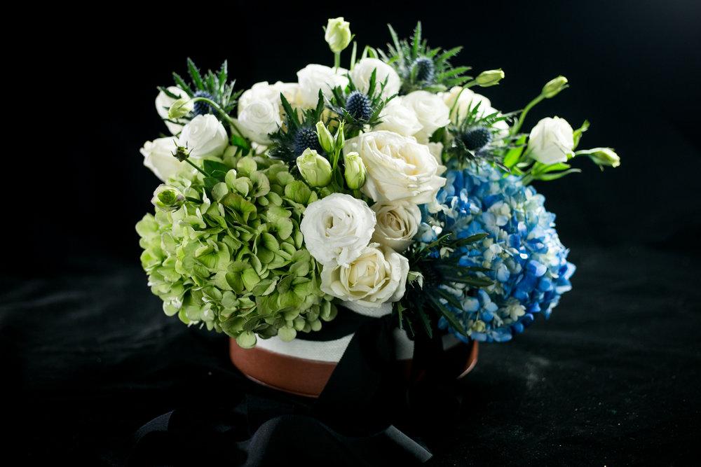 033 / Nile Blue Flower Box