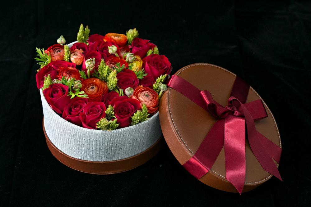 031 / Pompeian Red Flower Box