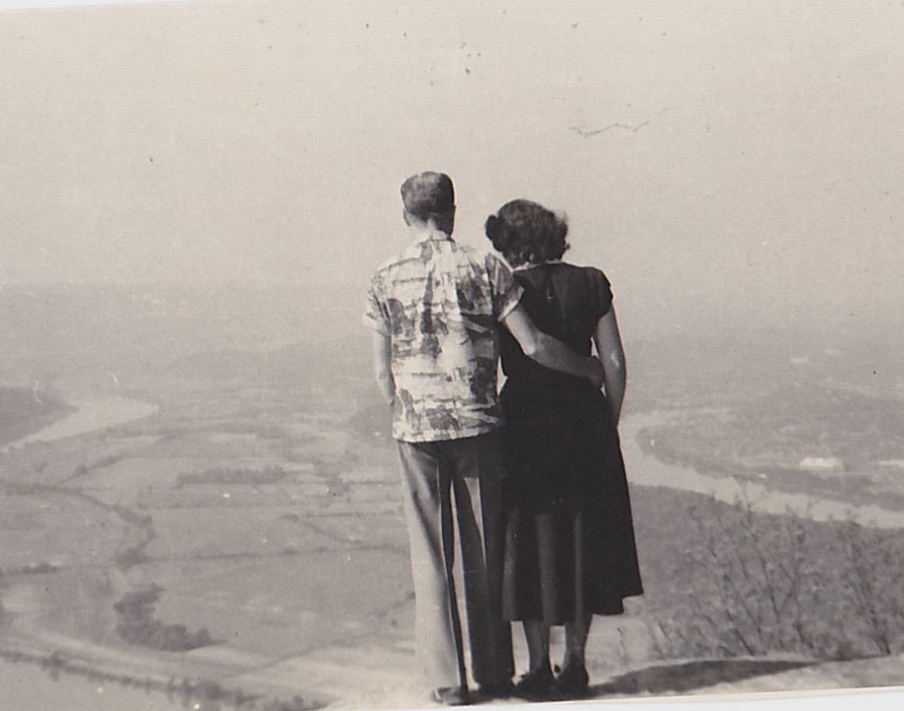 Dad Mom 1950 Lookout Mountain
