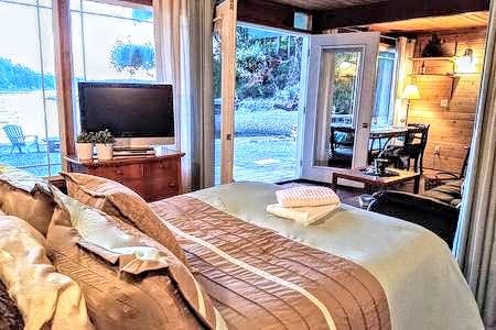 Castaway bed (1).jpg