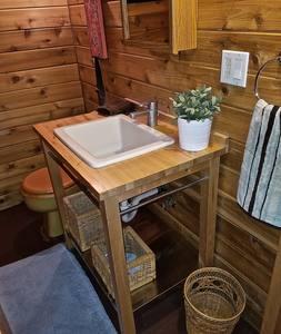 Castaway sink.jpg