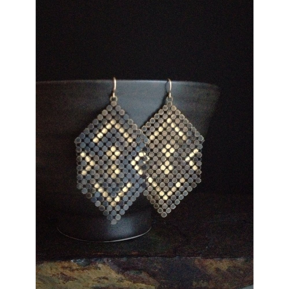 ghosted-mesh-earrings-maralrapp.jpg