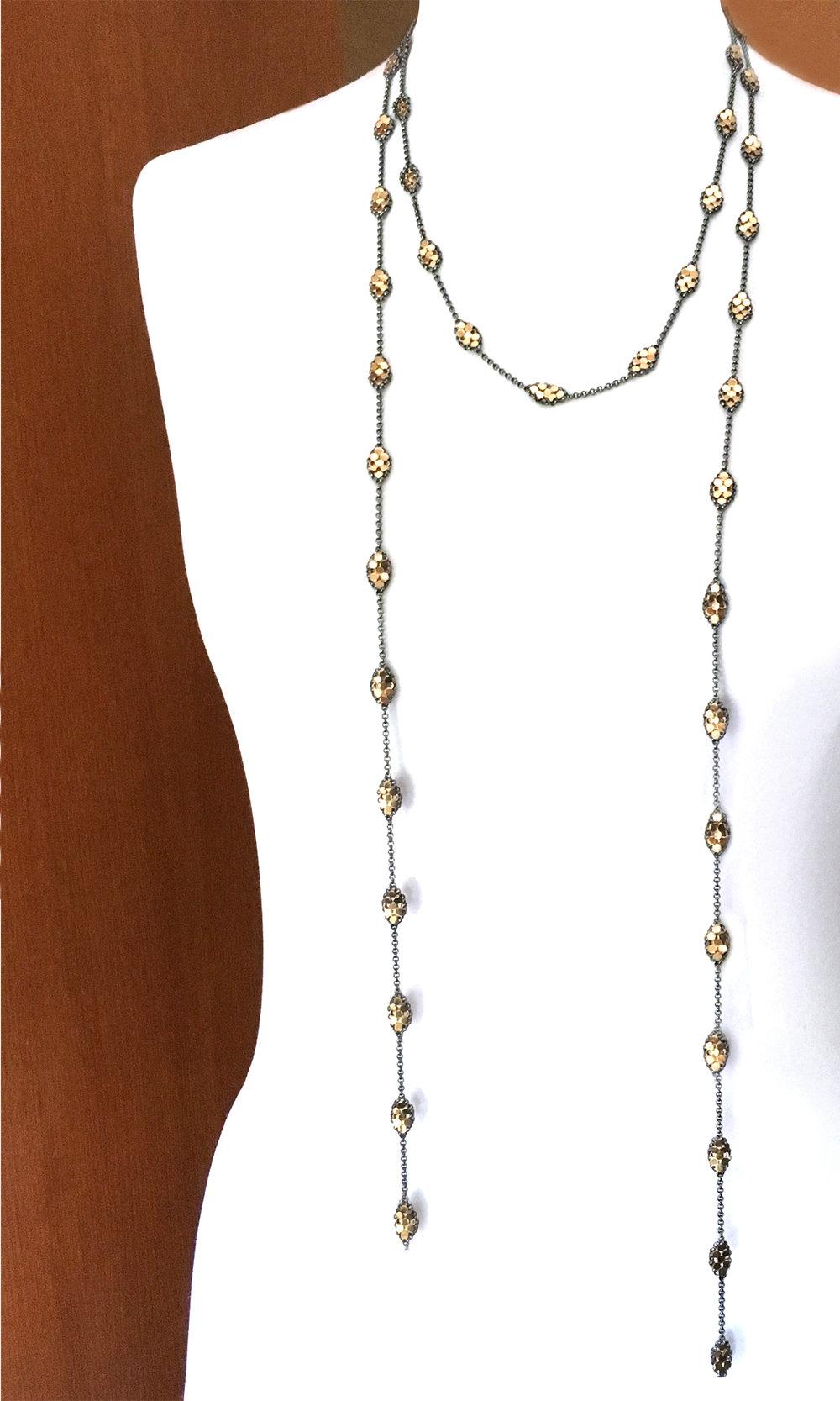 long-mesh-droplet-scarf-maralrapp.jpg