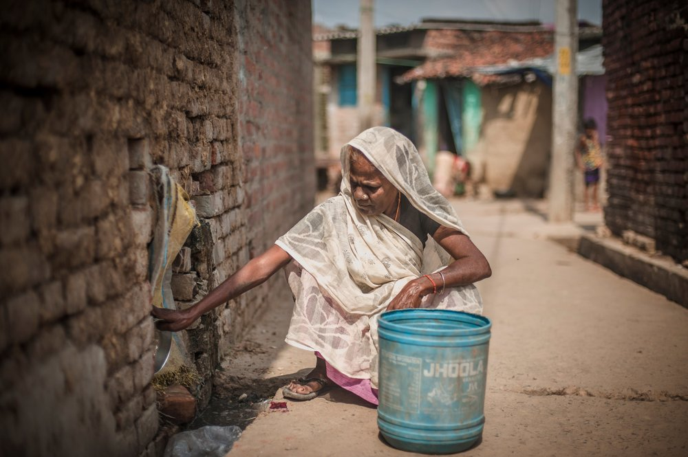Dalit latrine cleaner, photos: Poulomi Basu/ WaterAid