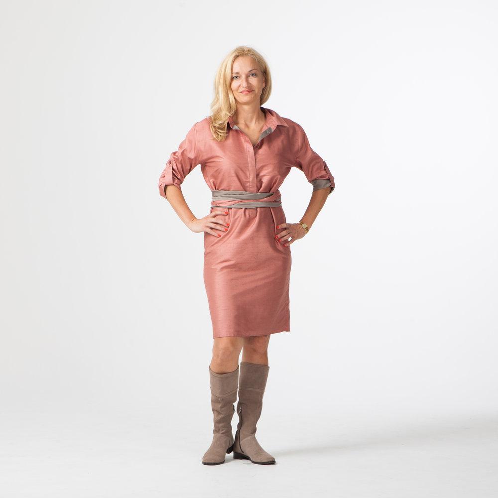 Платье−рубашка из тафты для Агиты