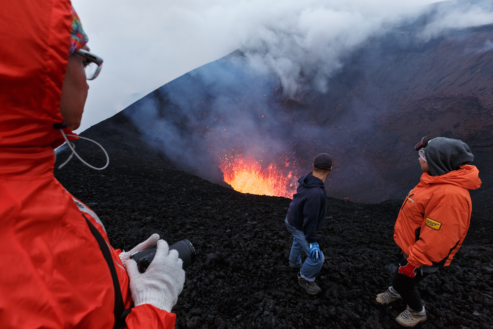 PLINIUS is performing simulations, so they can avoid direct contact with volcanoes - Alexander Piragis / Shutterstock.com