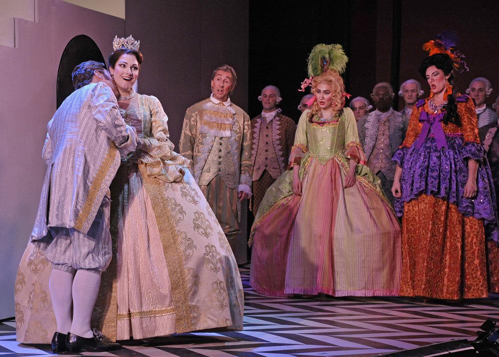 Opera_Saratoga_GG27993.jpg