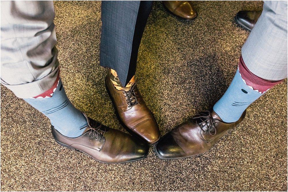 groom-details-shoes-socks_0020.jpg