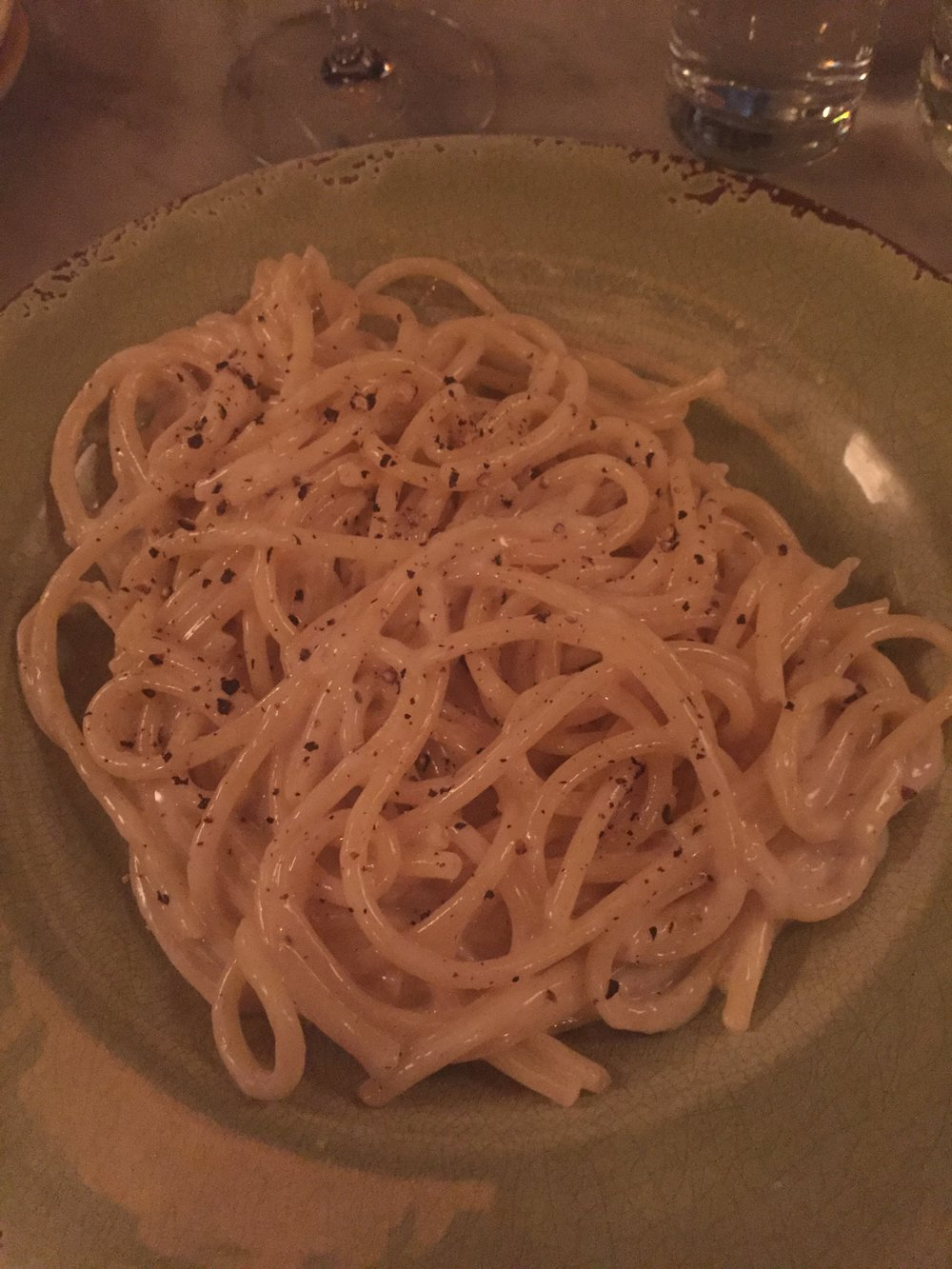 Pasta porn in the form of cacio e pepe