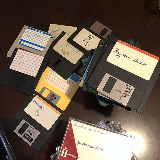 Spending the day purging and found a box of these from college. #floppydisk #zipdisk