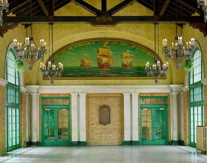 Columbus_Park_Refectory.jpg