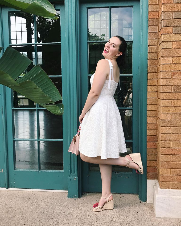 gal meets glam white dress