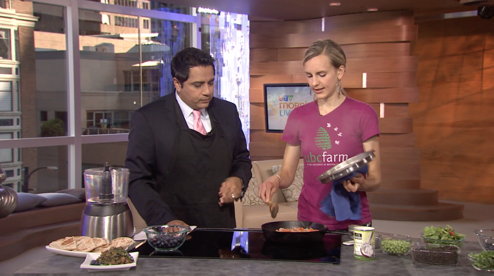 CTV Morning Live 2012 show with Aamer Haleem making Blueberry Black Lentil Curry (original recipe!).