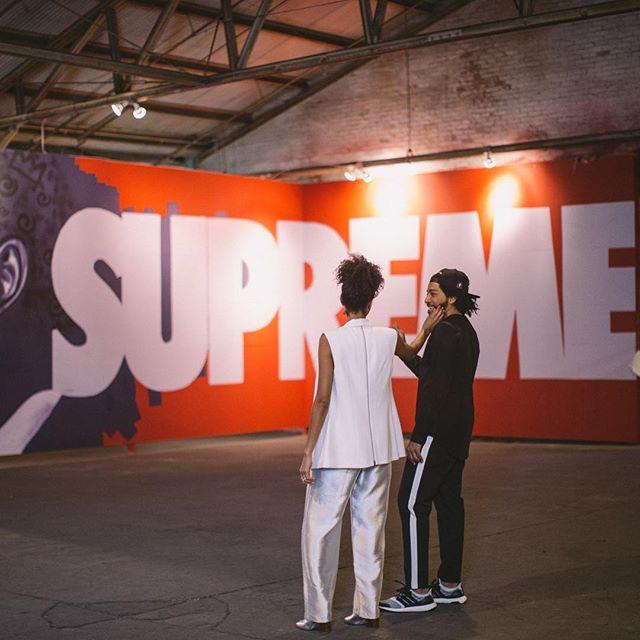 A • L O V E • S U P R E M E ✨ @supremestreet  #lawandjess 📸: @melontao 📍: @studio_be_