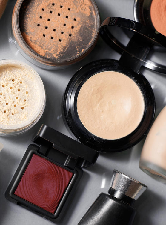 10 Qualities of A Good Foundation - makeup