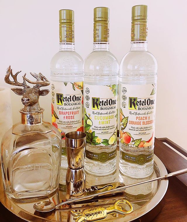 Meet the newest addition to our bar cart - the brand new @ketelonebotanical! (How gorgeous are these bottles btw?) 😍 🌿🌸🌿🌹🌿🌼 I was lucky enough to be able to try these recently and me and @shunsy14 were super pumped that a Botanical+Soda only has 73 calories, no added sugar, sweeteners or flavors and 0 carbs. Carbs are for eating, not for drinking! 🤣 🌿🌸🌿🌹🌿🌼 Can't wait to experiment with these all Summer! Have y'all tried these yet?  #Ad #ketelbotanical #ketelone #drinkofthesummer