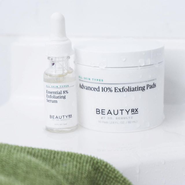Today I'm doing my first IG love to answer any questions y'all have about the #1 product that has helped me fight melasma - the progressive peel from @beautyrx! Would love to know any questions y'all have in advance for me about this product!  Catch me live at 7pmEST!