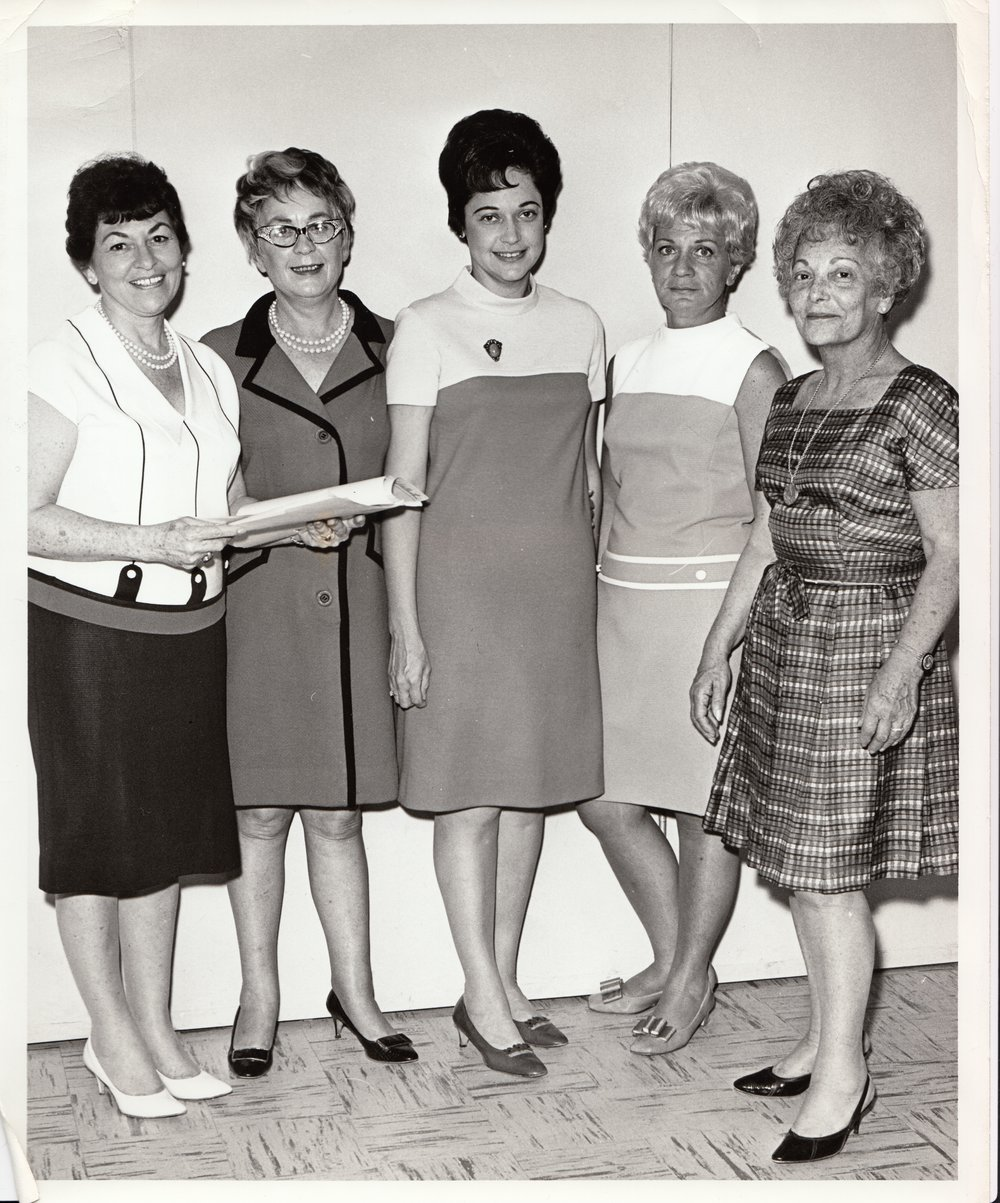 Mrs Gold and Friends 60's.jpg