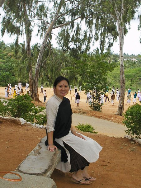 A summer 2007 moment while class was in session.Bapagrama Educational Center (July 2007)