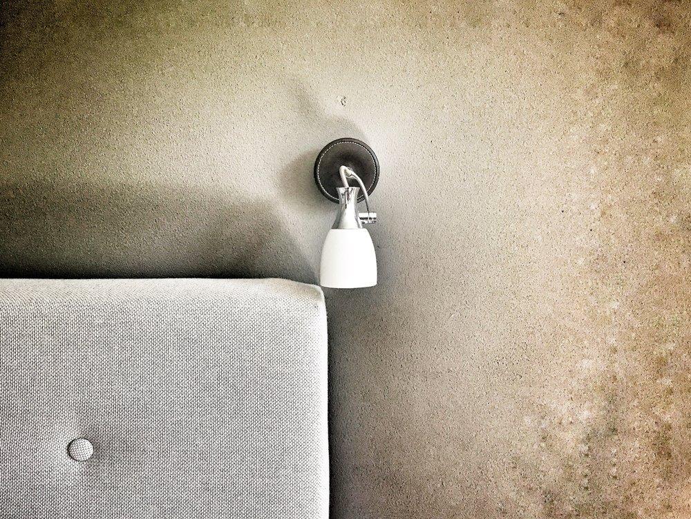 apartment-bed-cardboard-434186.jpg