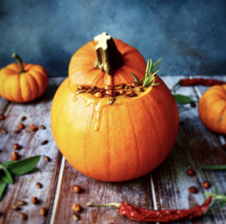 Herby Roast Pumpkin Soup.jpg