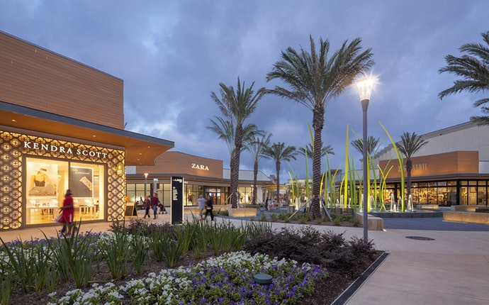 baybrook mall.jpg