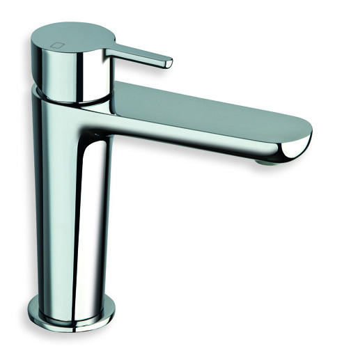 "QE 21051  Available in Chrome color. Accepts indent orders for other colors.  Basin mixer with 1""1/4 Up&Down waste"