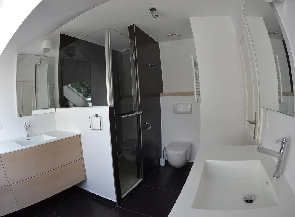 2-Bathrooms-6.jpg