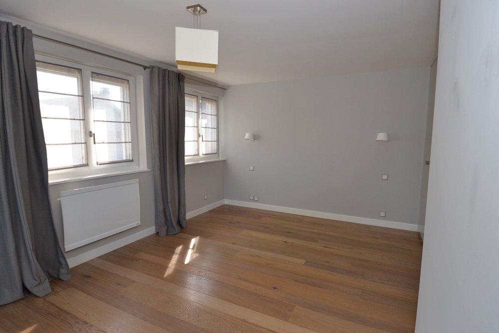 6-Flooring-3.jpg