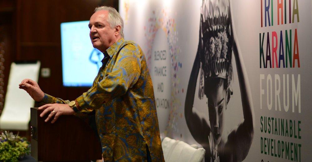 Paul Polman delivers the keynote speech