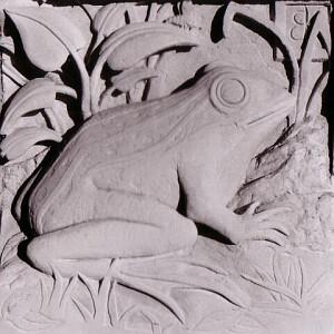 Frog Stone carver Kirby.jpg
