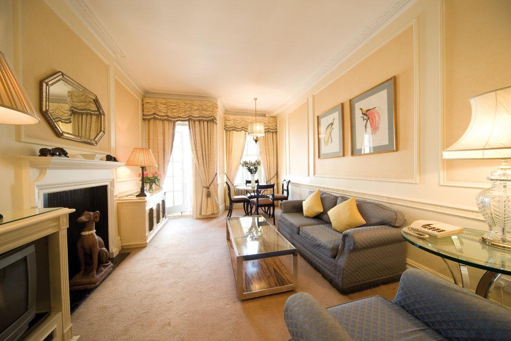 1bed-living-room.jpg