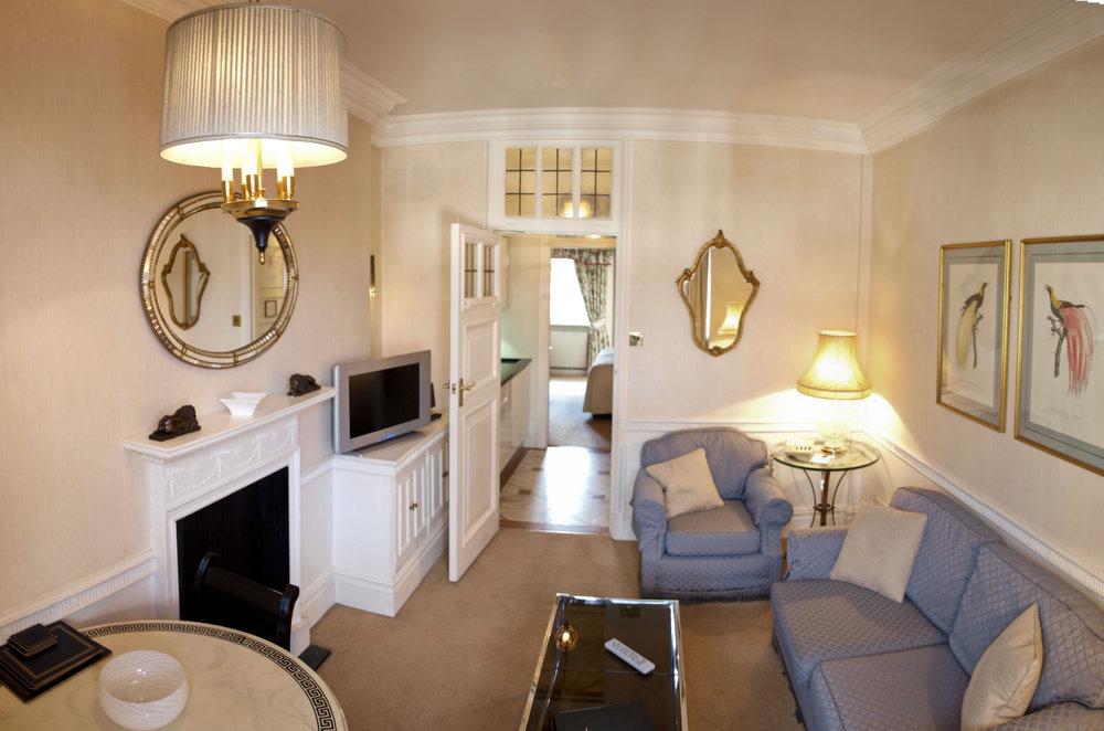 Living-Room-Panorama-1.jpg