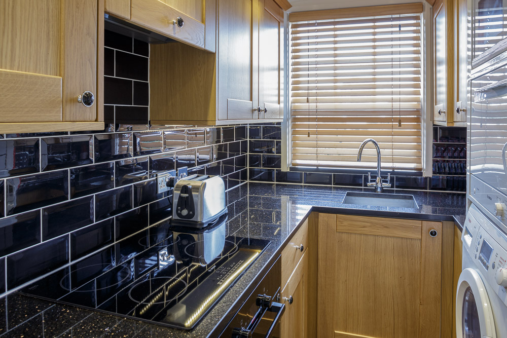 MG_5131-Edit-Studio-3-kitchen.jpg