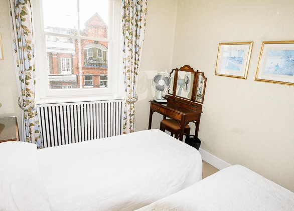 102-bed-1-bath6-1.jpg