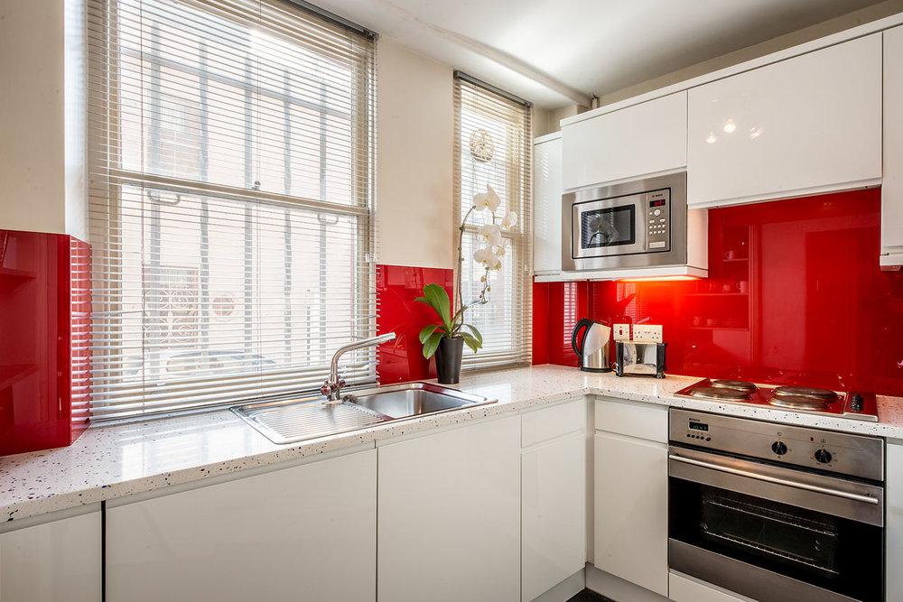 Flat 2, 41 Kitchen 14.jpg