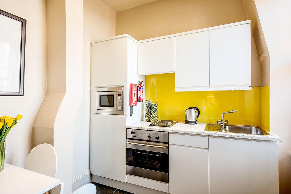 Flat 7, 41 Kitchen 14.jpg