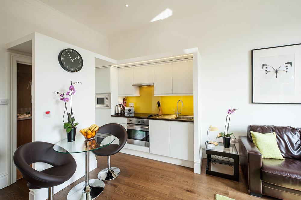 Flat 6, 41 Kitchen 13.jpg