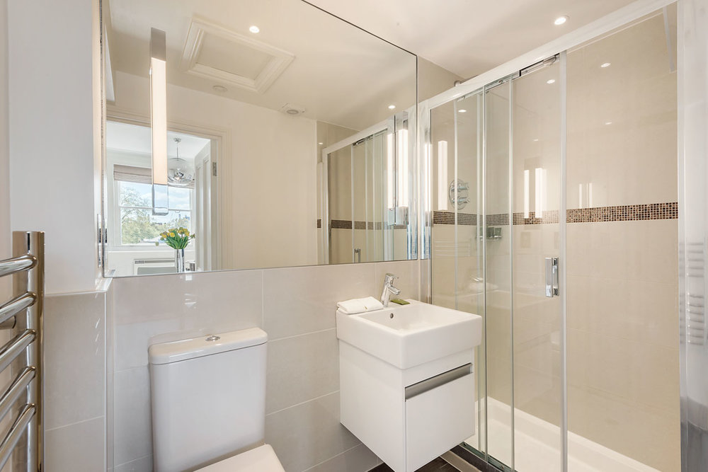 Flat 8, 41 Showerroom 15.jpg