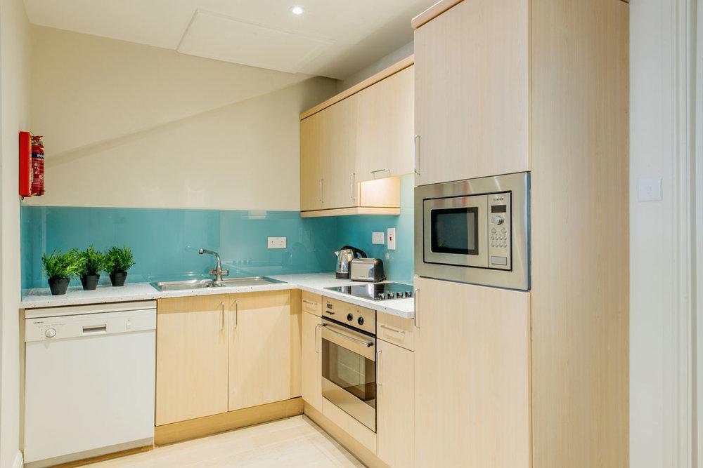Flat 9, 41 Kitchen 14.jpg