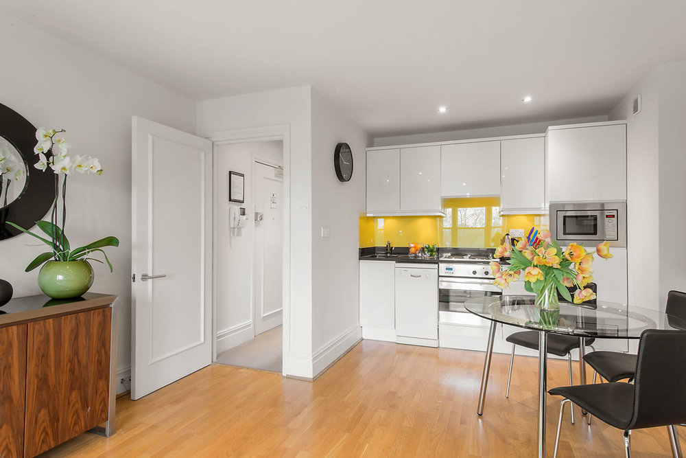 Flat 10, 41 Kitchen 14.jpg